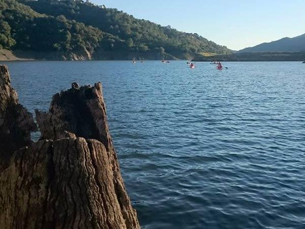 Team4you Galería de fotos Venir a remar en kayak! Kayak o en el lago de istan, Marbella en la provincia de Málaga en la Costa del Sol.