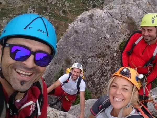 Team4you Galería de fotos Via Ferrata cueva y espeleología en un solo día en la Provincia de Málaga, con una buena empresa.