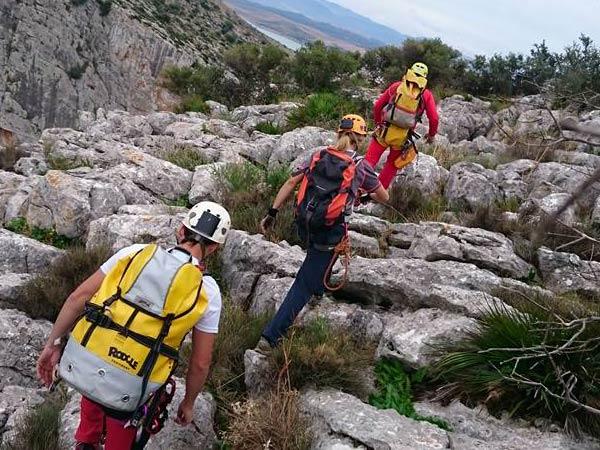Team4you Galería de fotos Via Ferrata Escalada y Espeleología desde 1.300 metros en una de las reserva natural más bonita de la provincia de Málaga.