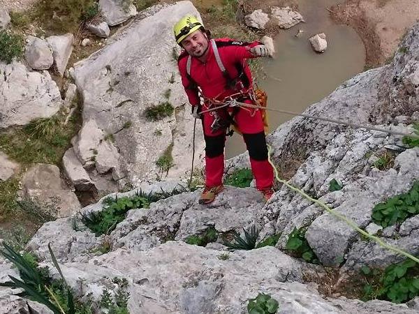 Team4you Galería de fotos Via Ferrata y experiencia de espeleología en la Provincia de Málaga.