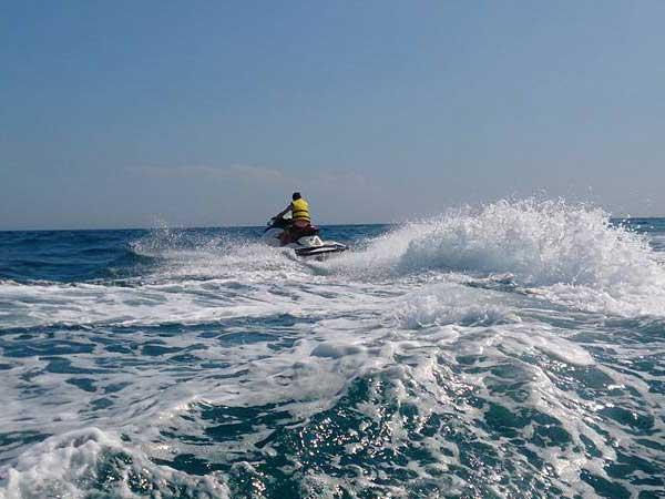 Team4you Galería de fotos Actividades corporativas</a> para grupo de 120 Clientes satisfechos cerca de Puerto Banús en Marbella. Costa del Sol 04.