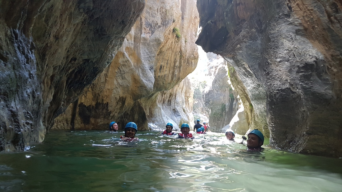 Corporate Canyoning Marbella Canyon Descent a exhilarating and adventurous adrenaline activity. 02 | Team4you