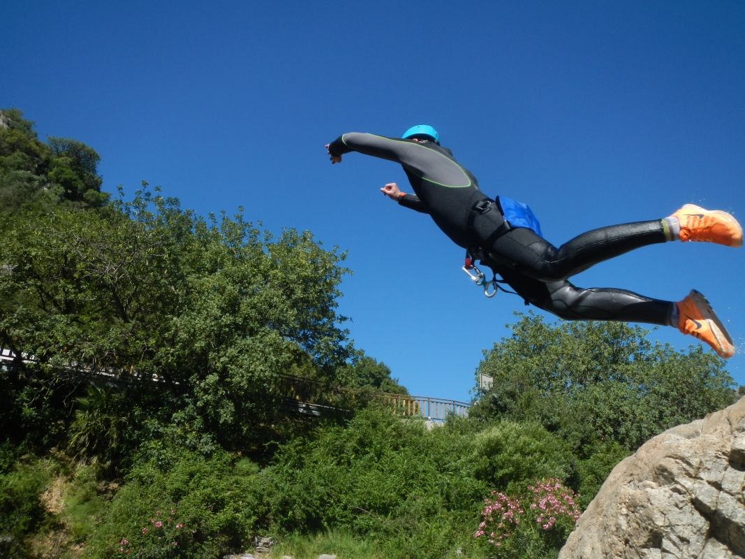 Corporate Canyoning Marbella Canyon Descent a exhilarating and adventurous adrenaline activity. 06 | Team4you