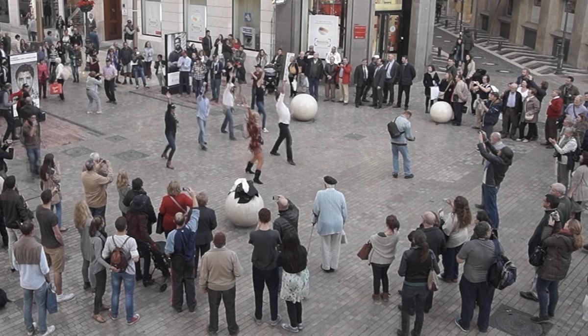 FLASH MOB Málaga Costa del Sol popular dance event 01   Team4you