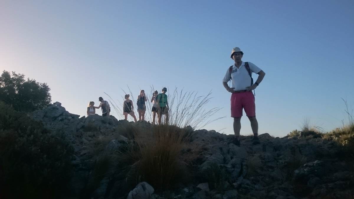 GUIDED HIKING TOUR Marbella Walking tour through the great outdoors. 03 | Team4you