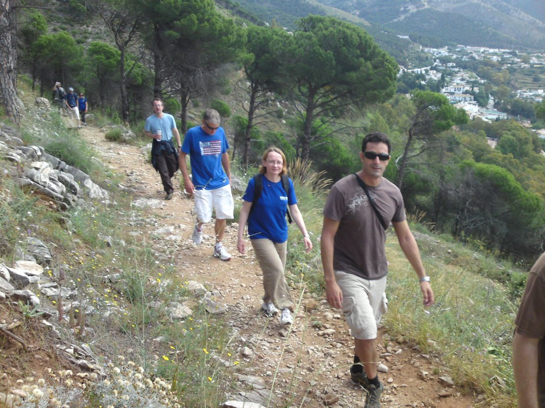 GUIDED HIKING TOUR Marbella Walking tour through the great outdoors. 07 | Team4you