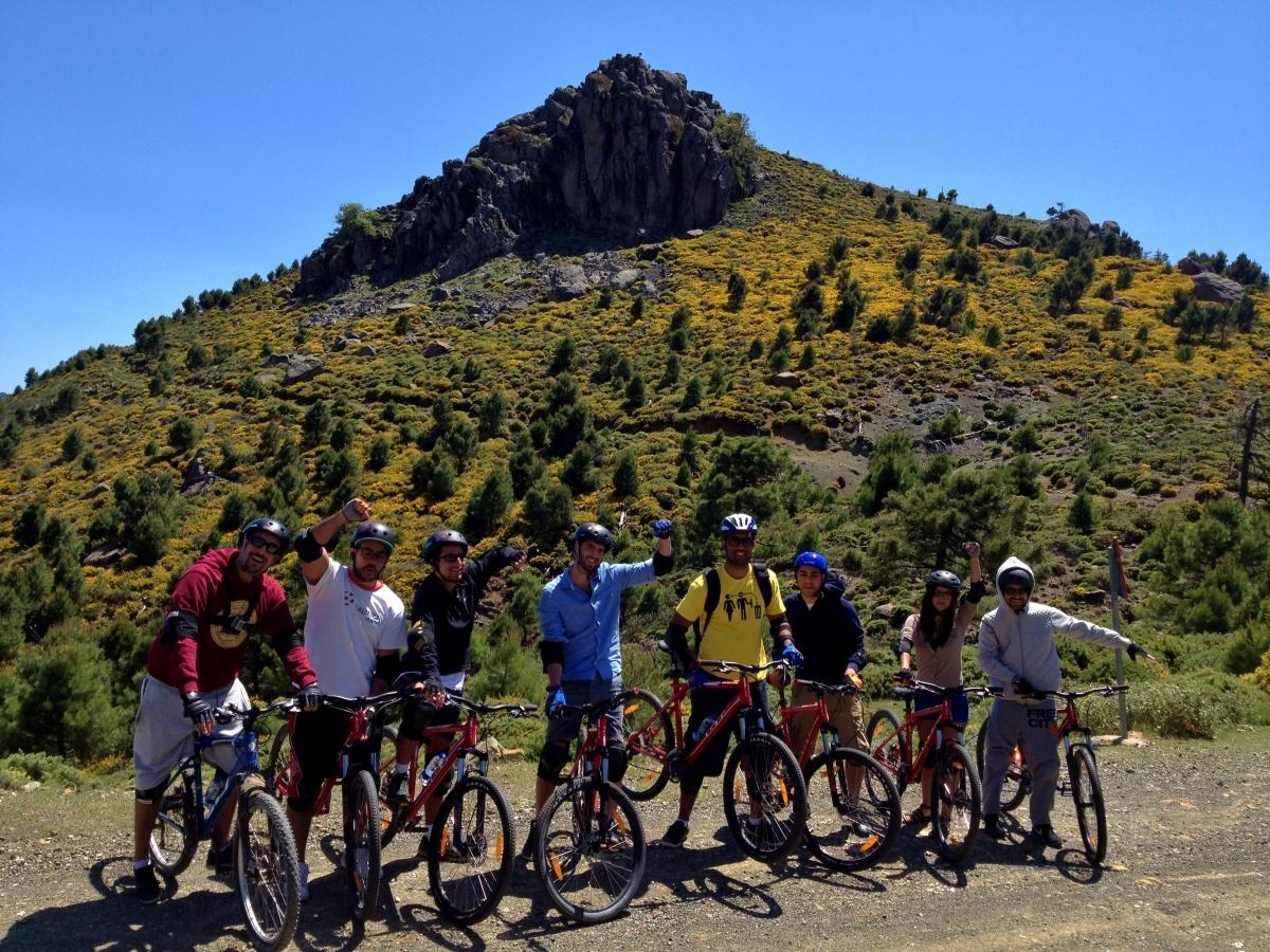 DESCENSO EN BICICLETAS DE MONTAÑA Marbella RUTA EN BICICLETAS DE MONTAÑA 02 | Team4you