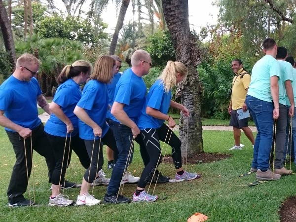 SUPER OLYMPICS Marbella Teams play against each other on different activities 07 | Team4you