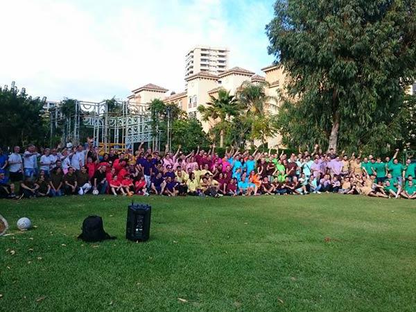 Team4you Galería de fotos Desafío y construcción de equipo. Un grupo de 210 personas de una empresa internacional realizo una súper olimpiada en Marbella en la Costa del Sol.