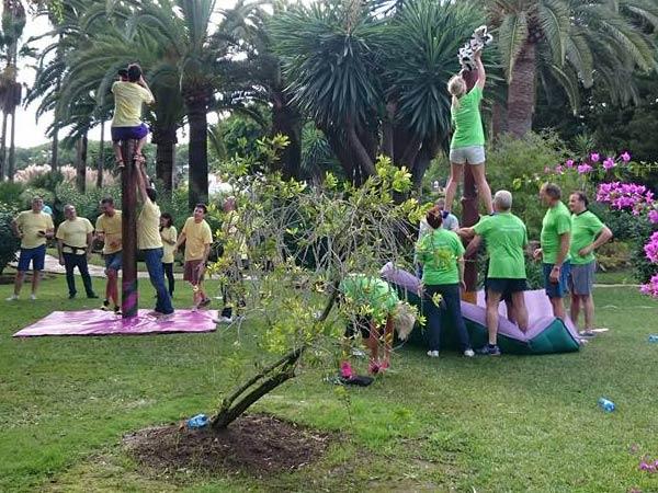 Team4you Galería de fotos Team Building rompe hielos y juegos de resolución de problemas en Marbella.