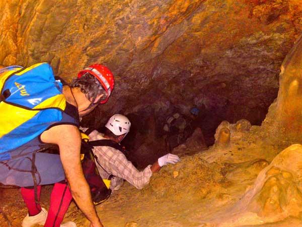 Caving Málaga Costa del Sol Speleology 03 | Team4you