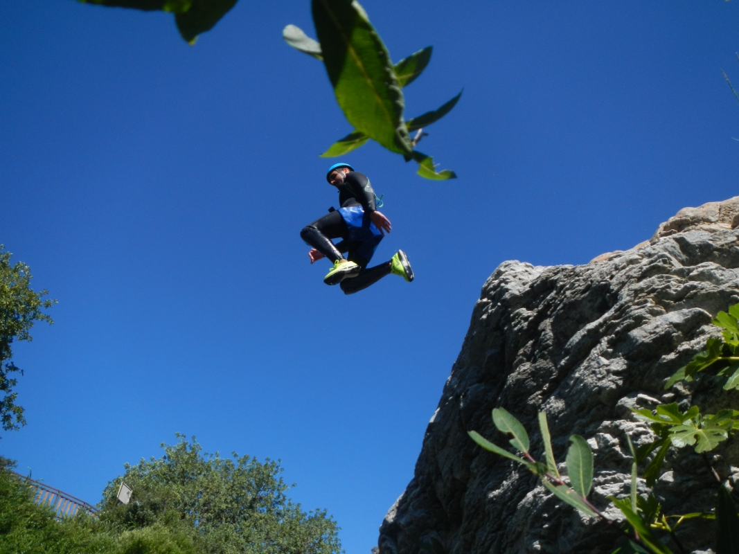 Corporate Canyoning Marbella Canyon Descent a exhilarating and adventurous adrenaline activity. 07 | Team4you