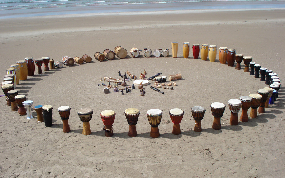 DRUM CIRCLE BATUCADA SESSION A classic group drumming and percussion exercise. 04 | Marbella Team4you