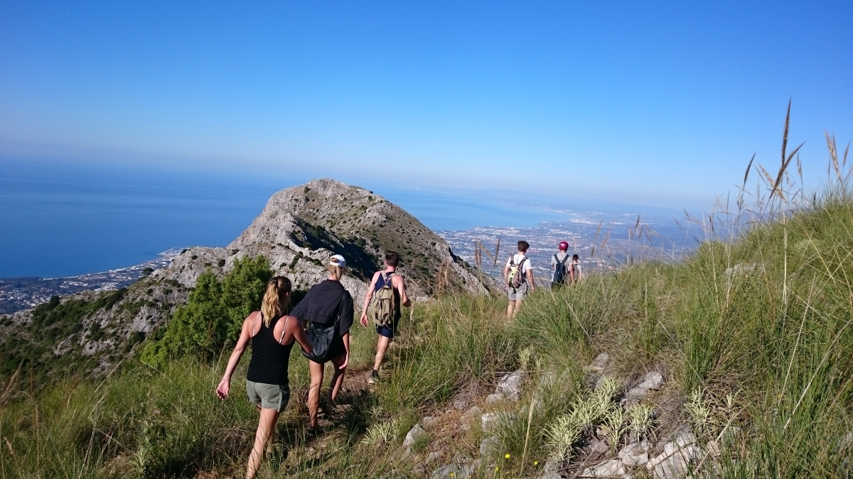 GUIDED HIKING TOUR Marbella Walking tour through the great outdoors. 05 | Team4you