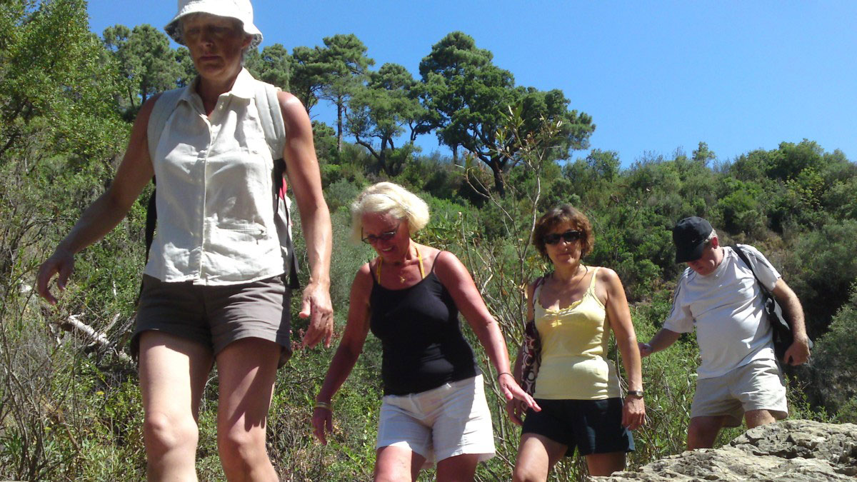 GUIDED HIKING TOUR Marbella half-day walking tour through Nature and Amazing Sights 03 | Team4you