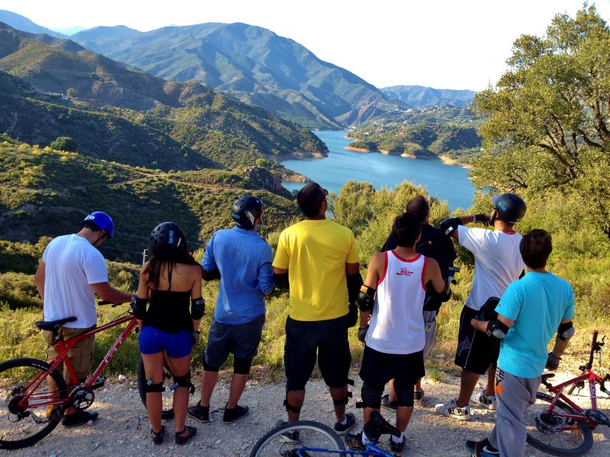DESCENSO EN BICICLETAS DE MONTAÑA Marbella RUTA EN BICICLETAS DE MONTAÑA 03 | Team4you