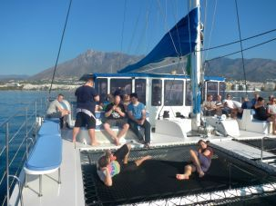 Barcos para grupos Marbella Team building y Eventos corporativos