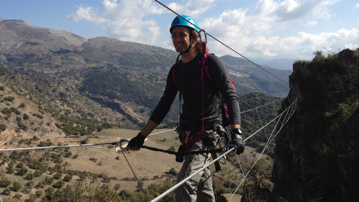 VIA FERRATA Marbella A group effort and challenging activity 01 | Team4you