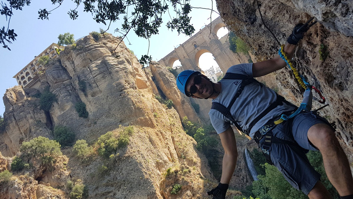 VIA FERRATA Marbella A group effort and challenging activity 03 | Team4you