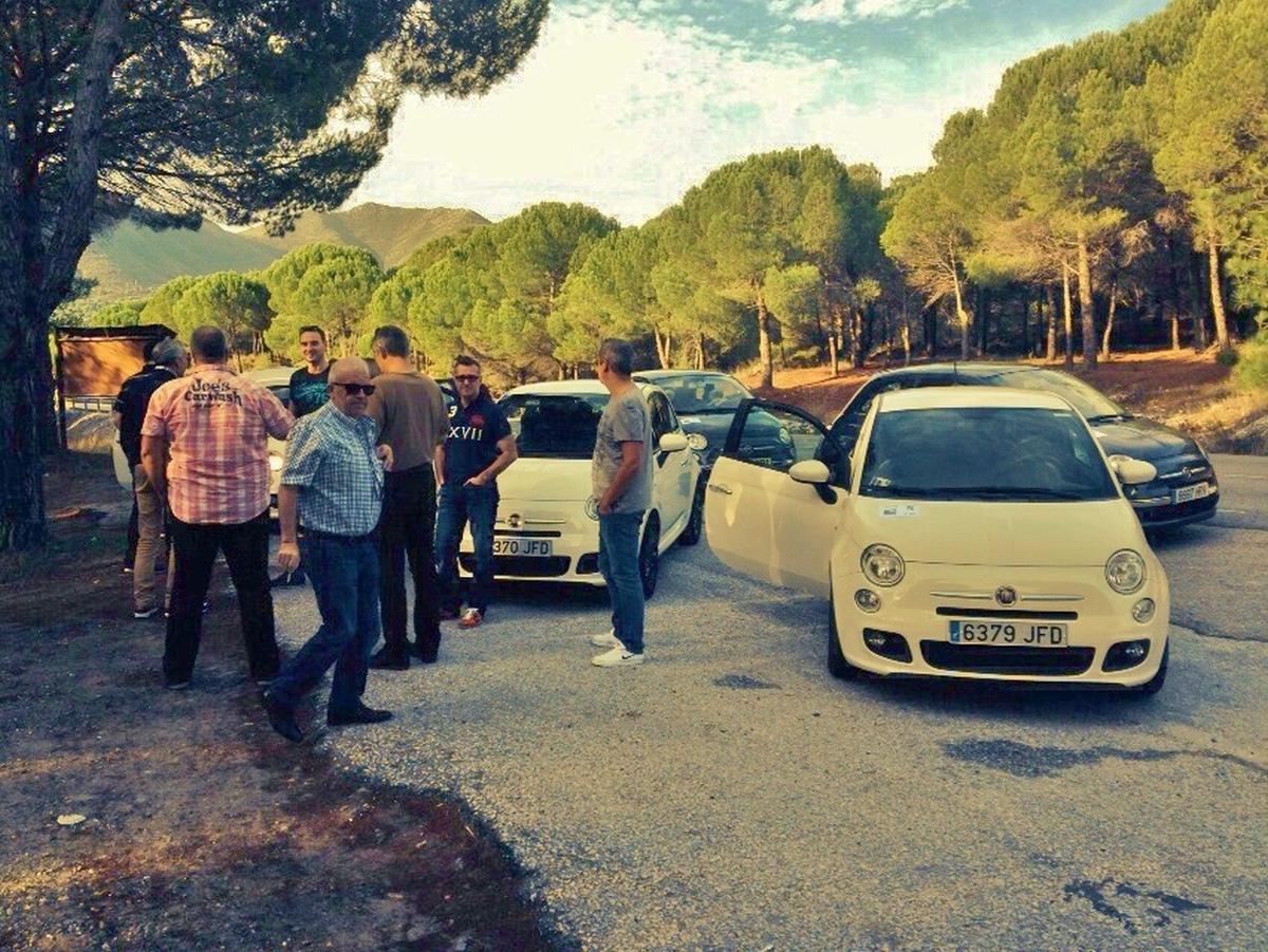 RALLY LOS PUEBLOS BLANCOS CON GPS Marbella El rally se puede desarrollar en cualquier punto de Andalucía cerca del alojamiento de los participantes, saldrá desde el propio hotel donde están alojados. 07   Team4you